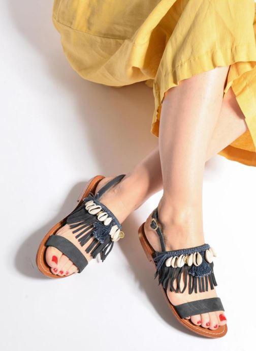 Sandales et nu-pieds L'Atelier Tropézien Shoshana Bleu vue bas / vue portée sac