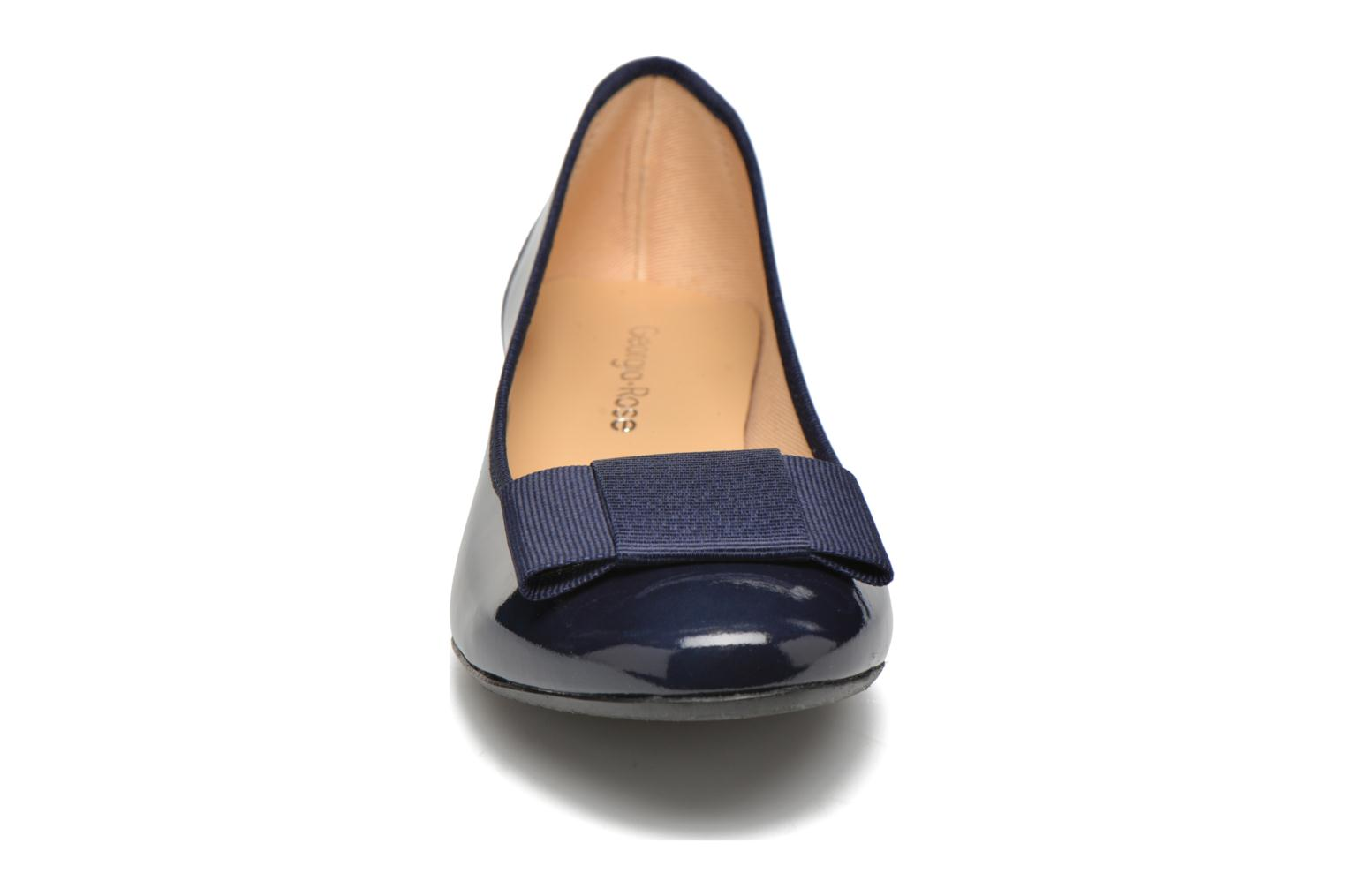 Ballet pumps Georgia Rose Santoomi Blue model view