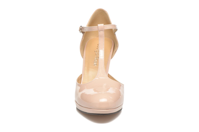 Zapatos de tacón Georgia Rose Sialto salomé Beige vista del modelo