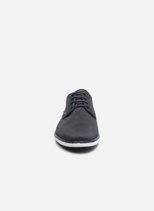 Zapatos con cordones Rieker Egbert Azul vista del modelo
