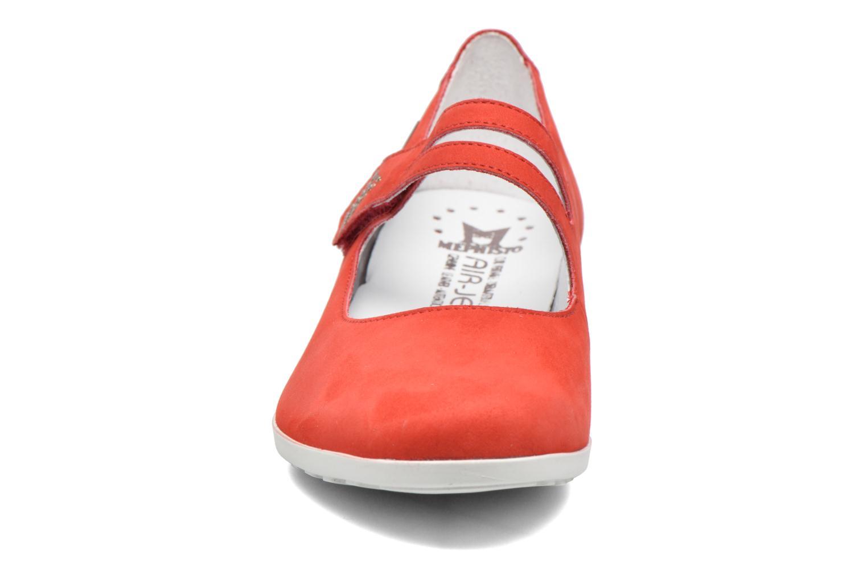 Ballerines Mephisto Dora Rouge vue portées chaussures