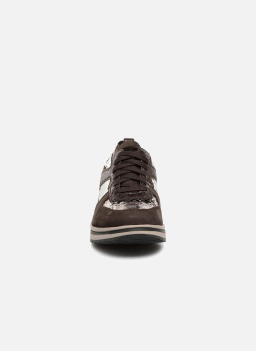 Baskets Mephisto Vicky Marron vue portées chaussures