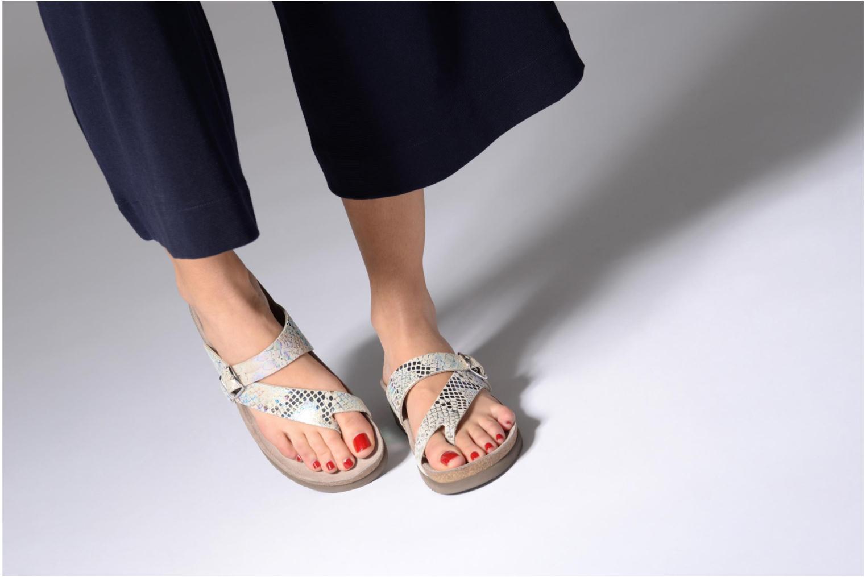 Sandales et nu-pieds Mephisto Helen Multicolore vue bas / vue portée sac