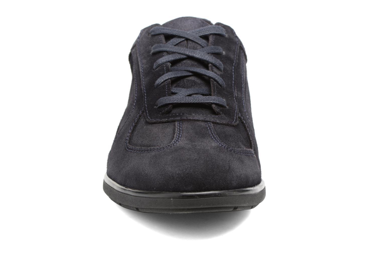 Baskets Mephisto Leonzio Noir vue portées chaussures