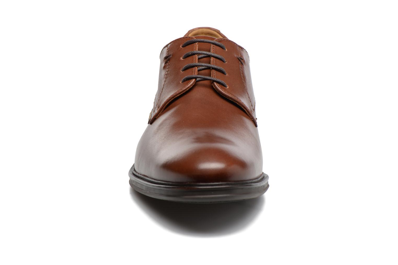 Chaussures à lacets Mephisto Nico Marron vue portées chaussures