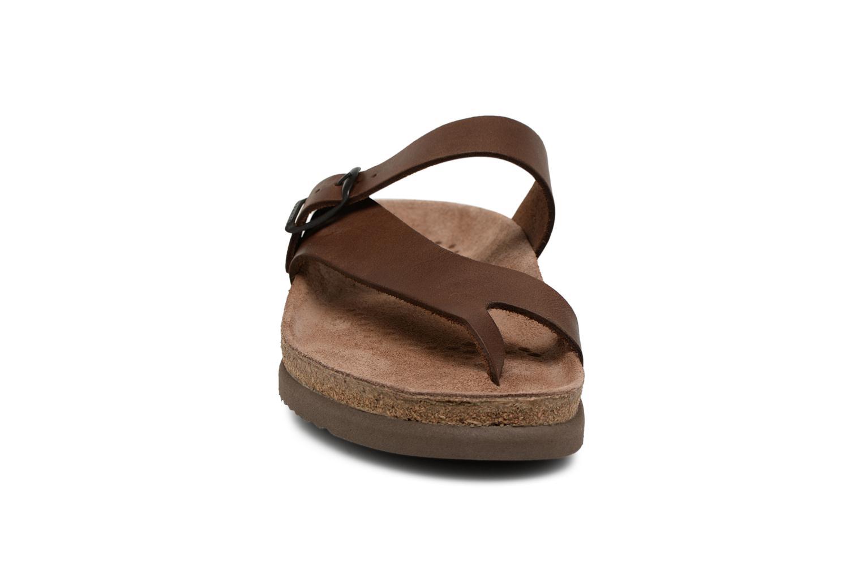 Tongs Mephisto Niels Marron vue portées chaussures