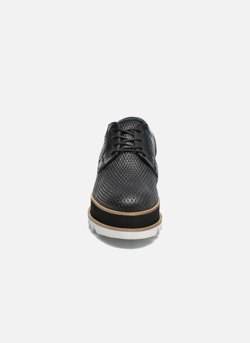 Lace-up shoes Bronx Bemmax Black model view