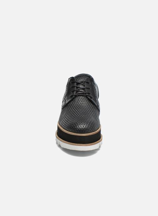 Scarpe con lacci Bronx Bemmax Nero modello indossato