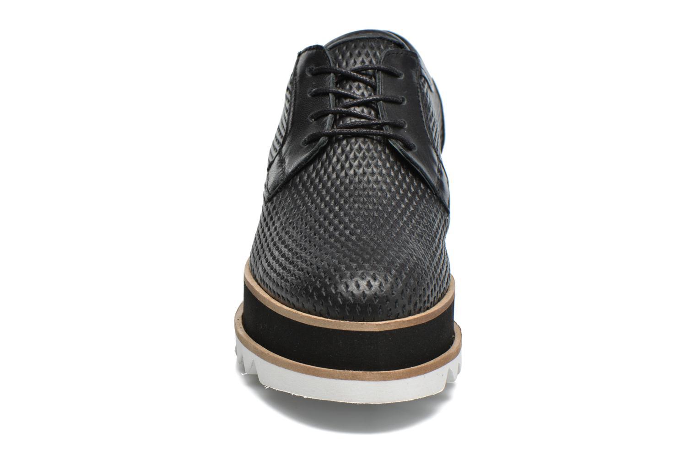 Snøresko Bronx Bemmax Sort se skoene på
