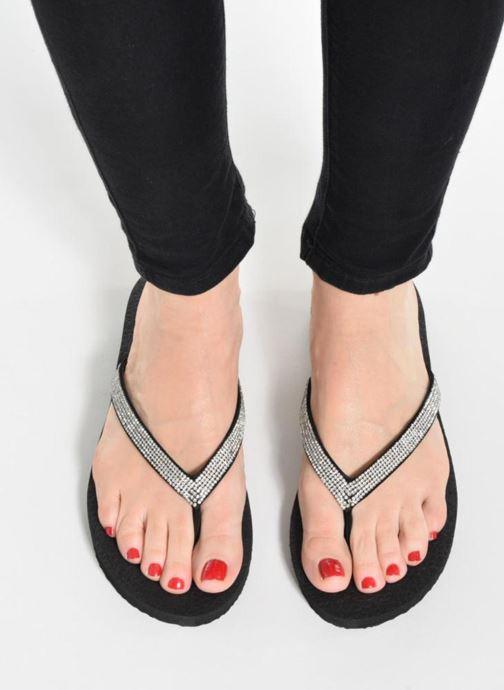 Zehensandalen Skechers Meditation Chill Vibes schwarz ansicht von unten / tasche getragen