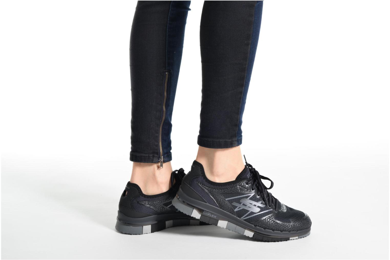 Sportschuhe Skechers GO Flex Momentum schwarz ansicht von unten / tasche getragen
