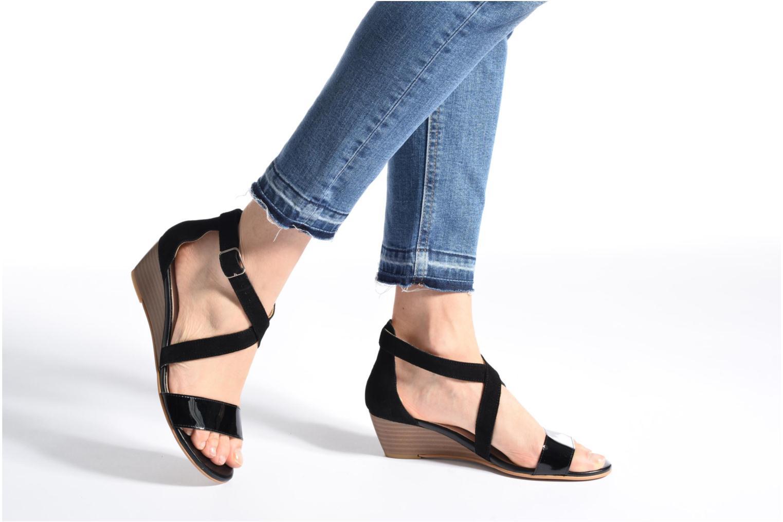Sandales et nu-pieds Georgia Rose Anacale Noir vue bas / vue portée sac