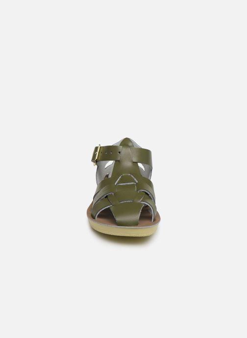 Sandalias Salt-Water Shark Verde vista del modelo