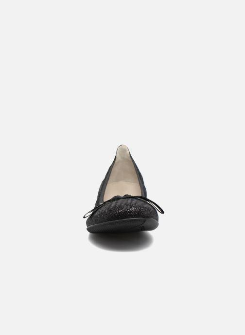 Ballerines Les P'tites Bombes Ella Pail Noir vue portées chaussures