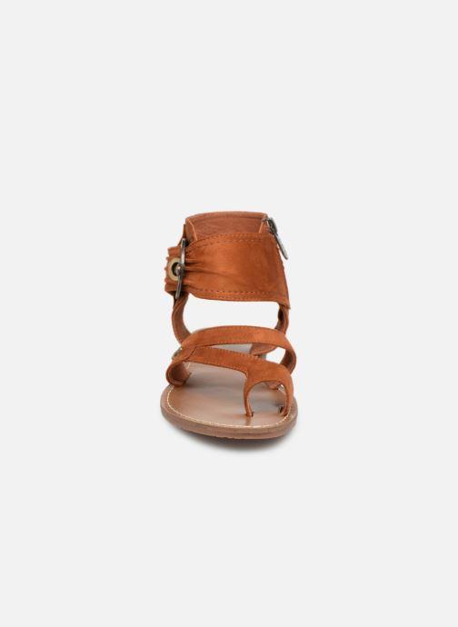Sandales et nu-pieds Les P'tites Bombes PENSEE Marron vue portées chaussures