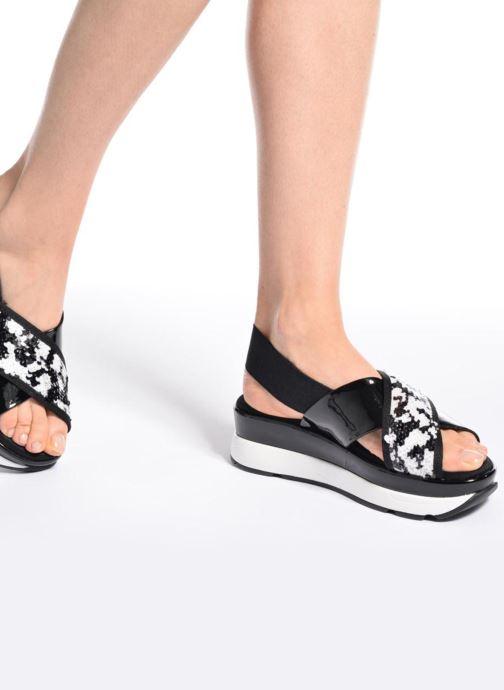 Sandales et nu-pieds Sixty Seven Oden 78602 Noir vue bas / vue portée sac