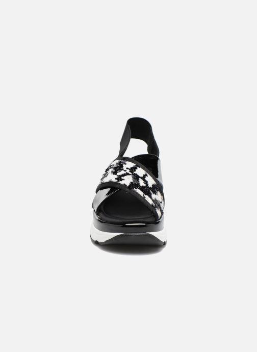 Sandales et nu-pieds Sixty Seven Oden 78602 Noir vue portées chaussures