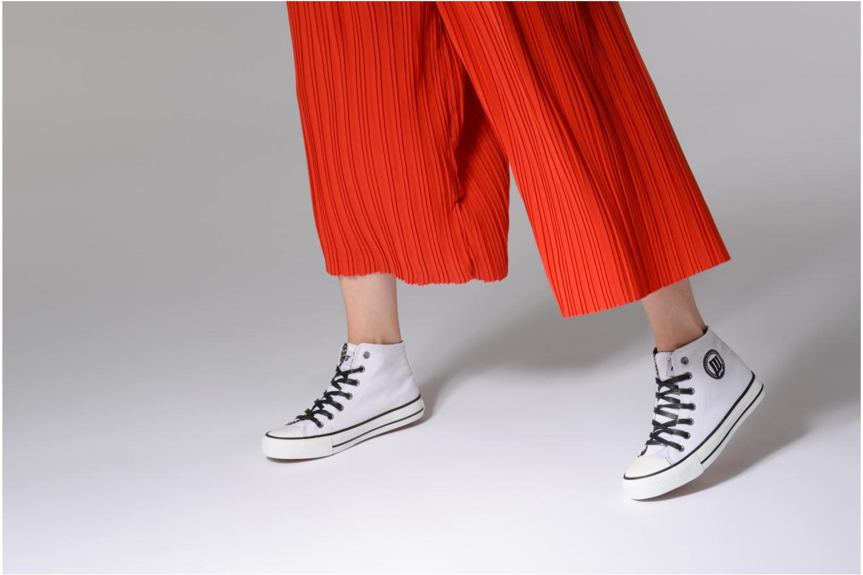 Sneakers MTNG Emi 13992 Wit onder