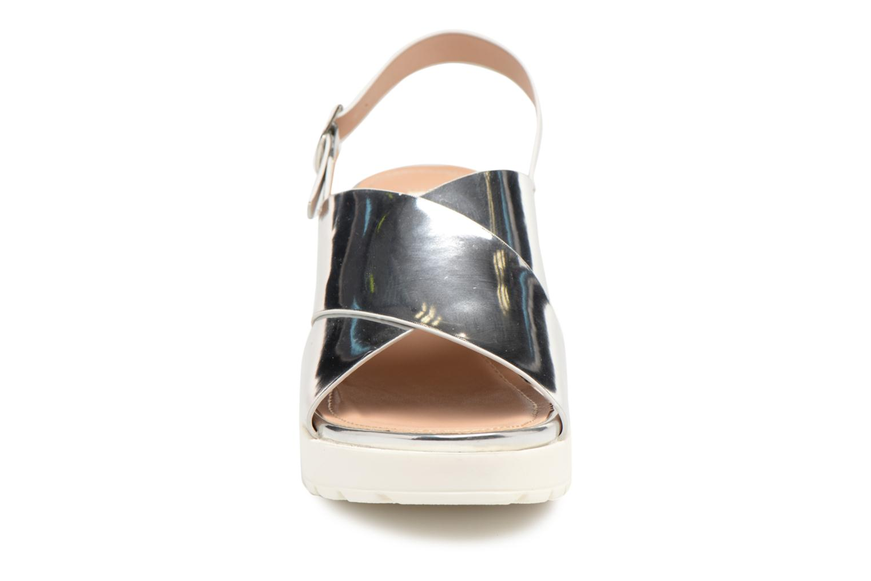 Sandali e scarpe aperte MTNG Plexy 55413 Argento modello indossato