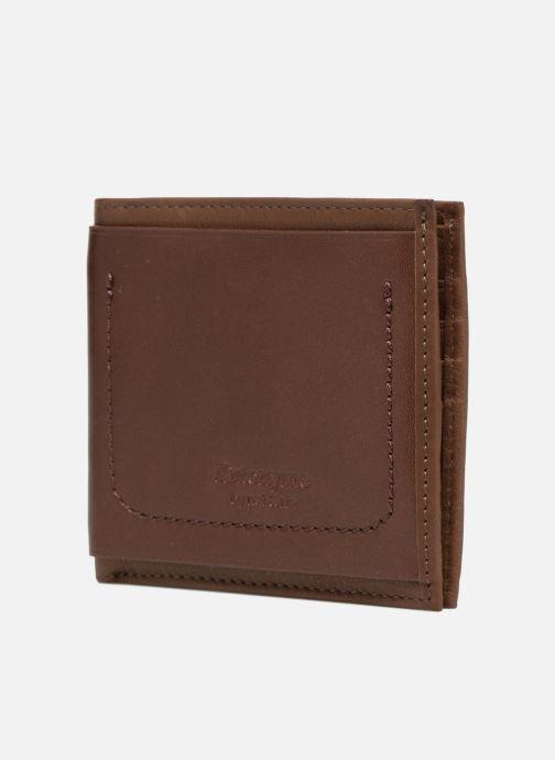 Wallets & cases Antonyme by Nat & Nin Viktor Brown model view