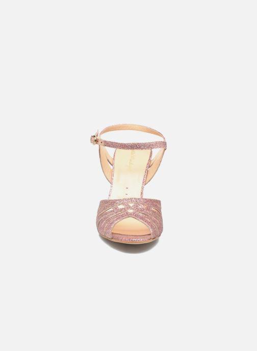 Sandales et nu-pieds Petite mendigote Hibiscus Rose vue portées chaussures