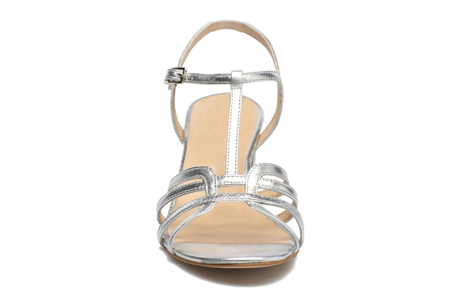 Sandals Georgia Rose Bachic Silver model view