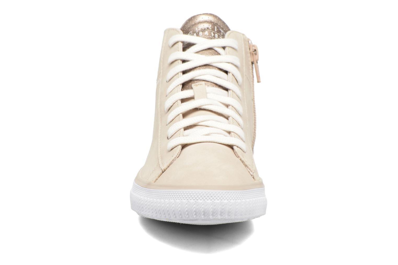 Sneakers Esprit Riata Bootie Beige modello indossato