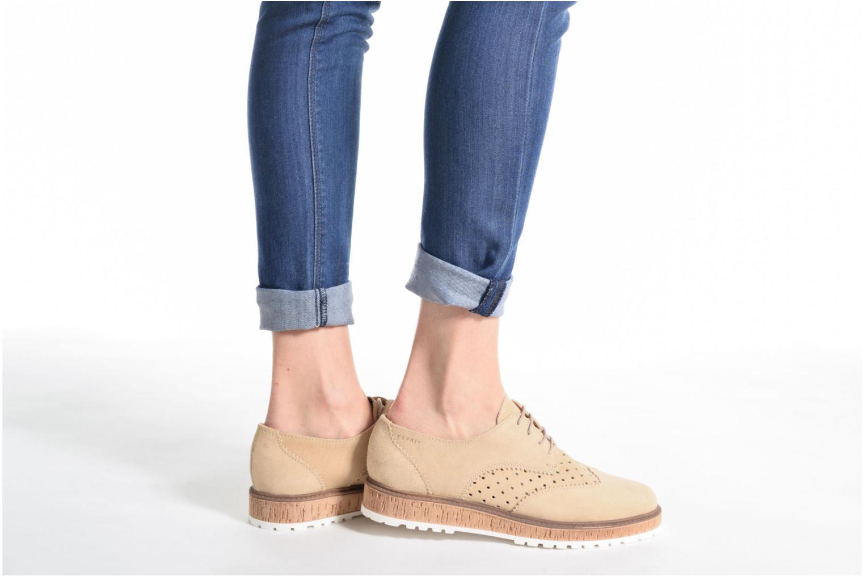 Chaussures à lacets Esprit Crissy Lace Up Beige vue bas / vue portée sac