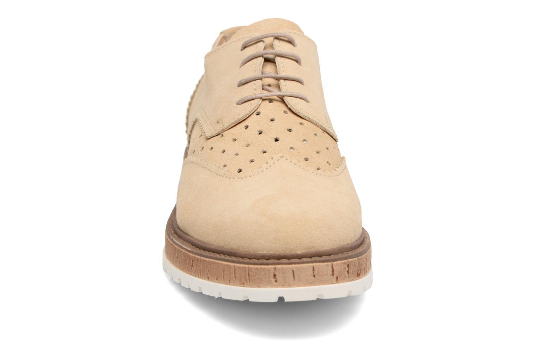 Chaussures à lacets Esprit Crissy Lace Up Beige vue portées chaussures