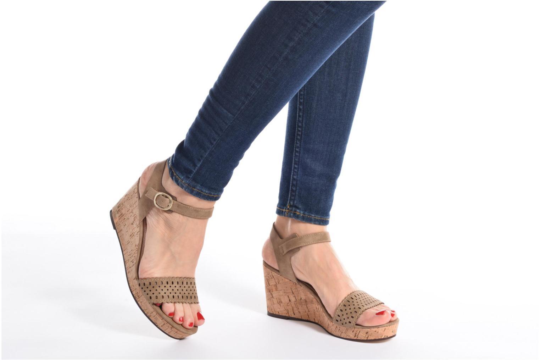 Sandales et nu-pieds Esprit Gessie Sandal Marron vue bas / vue portée sac