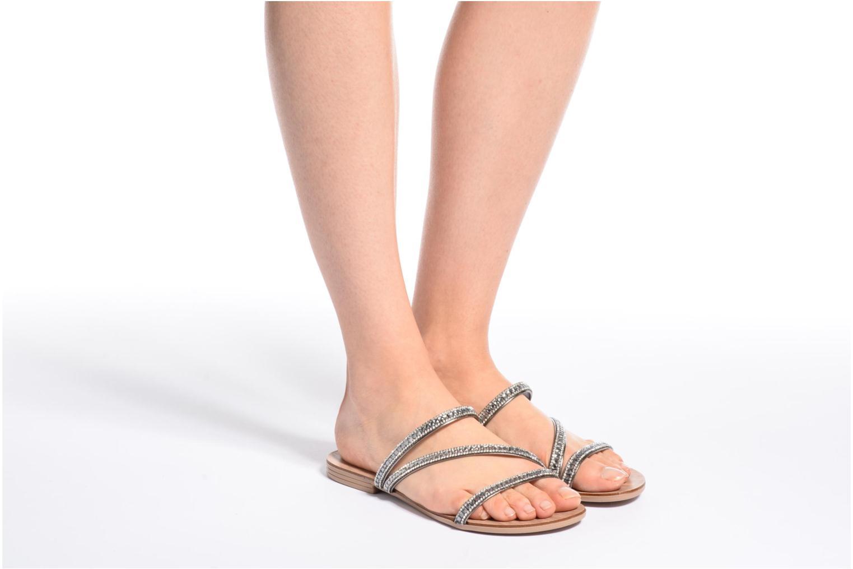 Sandalen Esprit Nil sandal silber ansicht von unten / tasche getragen