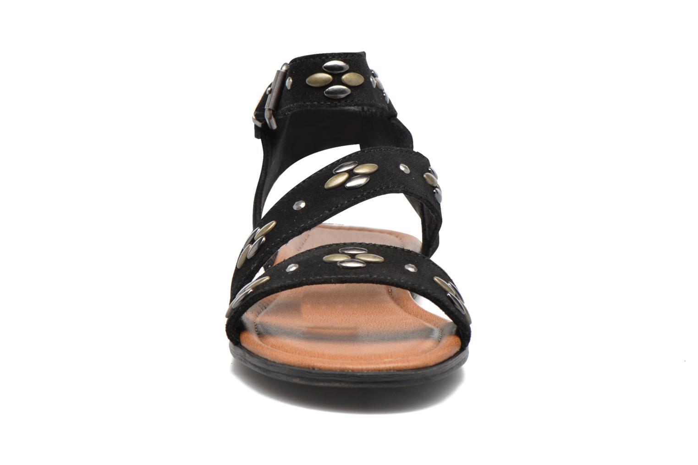 Sandales et nu-pieds Minnetonka Tangier Noir vue portées chaussures