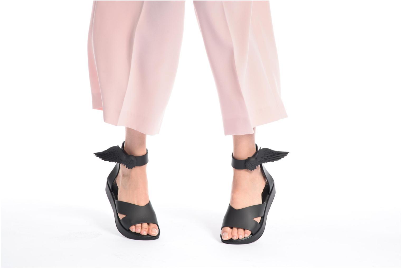 Sandalen Melissa Melissa x Vivienne Westwood - Anglomania Rocking Horse schwarz ansicht von unten / tasche getragen