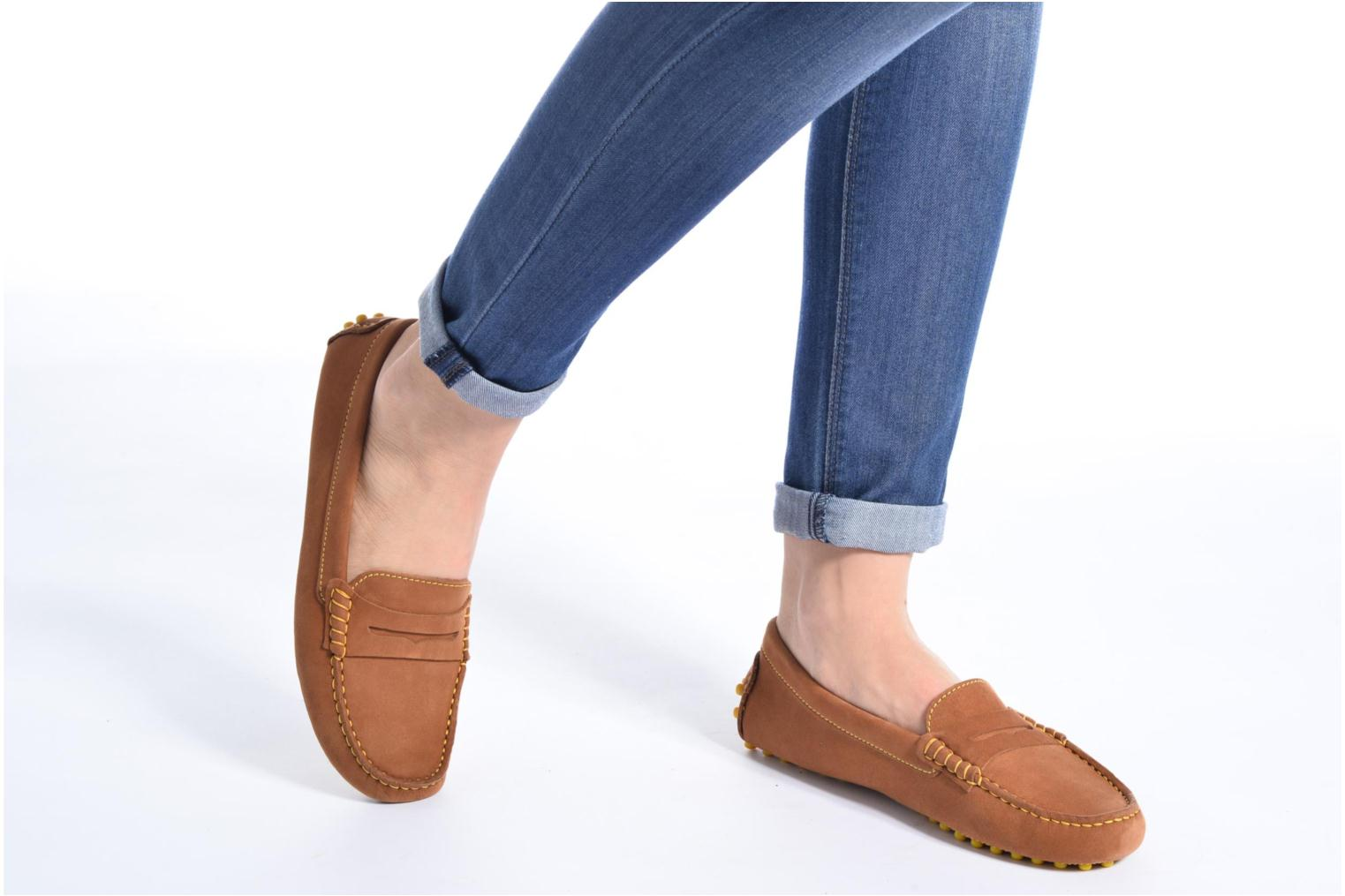 Loafers Georgia Rose Stamac Brown view from underneath / model view