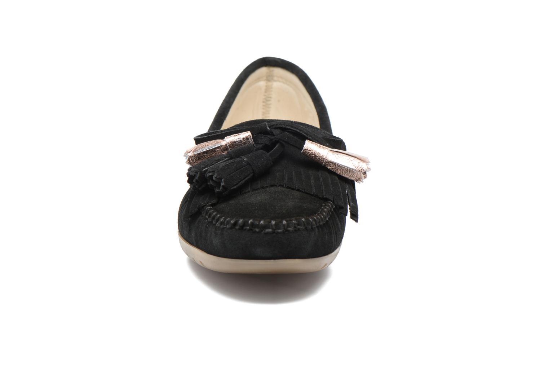 Mocassins Georgia Rose Retoumi Noir vue portées chaussures