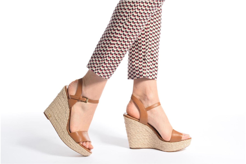 Sandali e scarpe aperte Michael Michael Kors Jill Wedge Marrone immagine dal basso