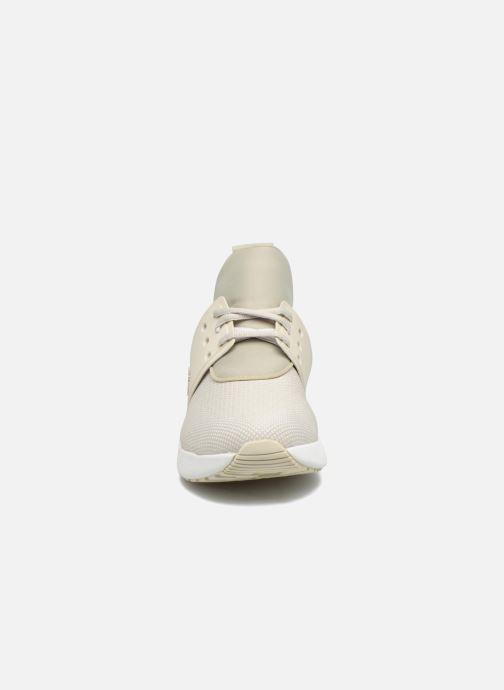 Sneakers Timberland Kiri Knitted W Beige modello indossato