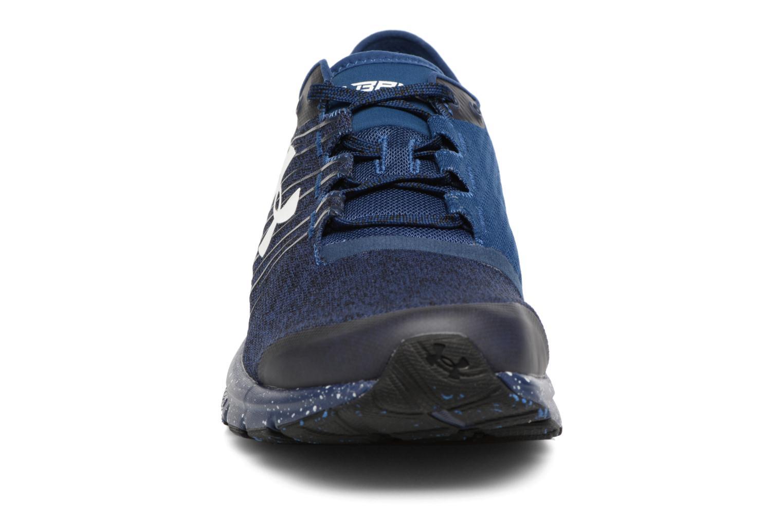 Chaussures de sport Under Armour Charged Bandit 2 Bleu vue portées chaussures