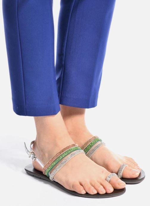 Sandalen Chattawak Nina grün ansicht von unten / tasche getragen