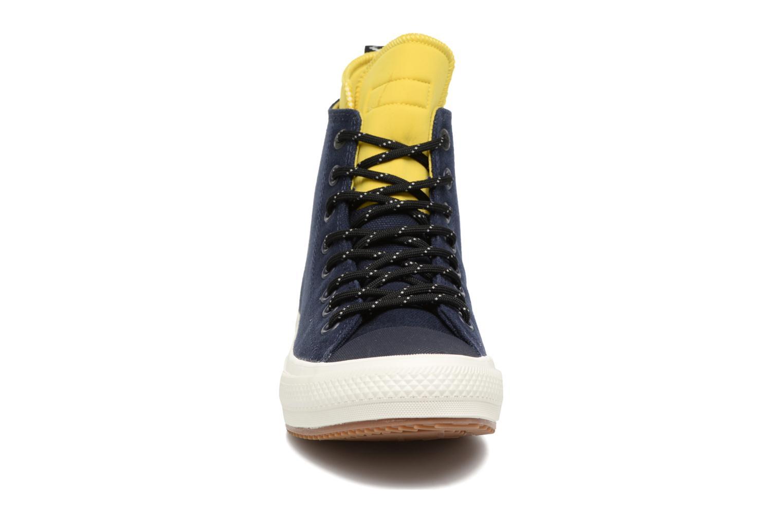 Baskets Converse Chuck Taylor All Star II Hi Shield Canvas Boot M Bleu vue portées chaussures