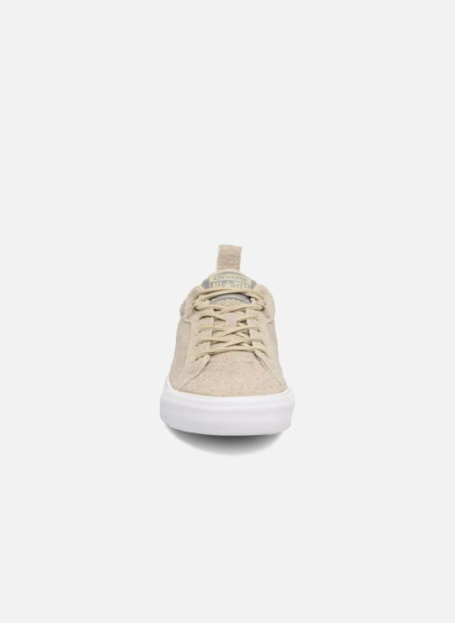 Sneakers Converse Chuck Taylor All Star Fulton Wooly Bully Ox Beige modello indossato