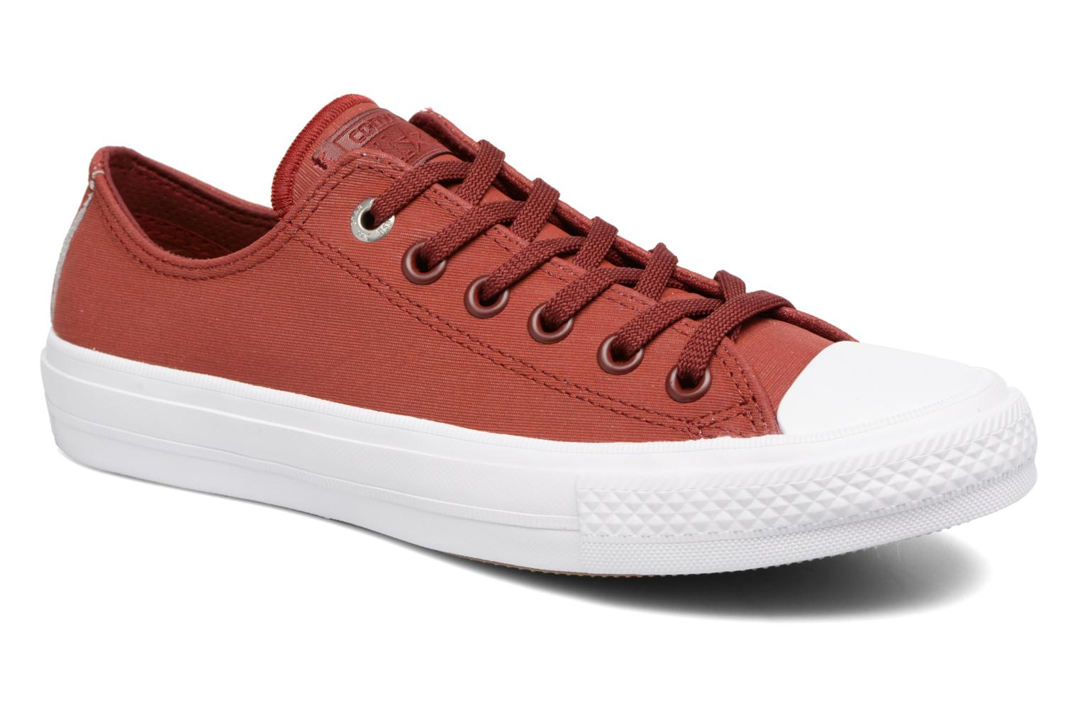 Baskets Converse Chuck II Two-Tone Leather Ox W Rouge vue détail/paire