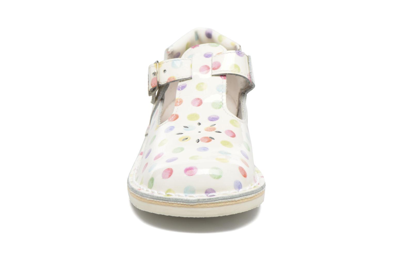 Ballerinaer GBB Knepa Hvid se skoene på