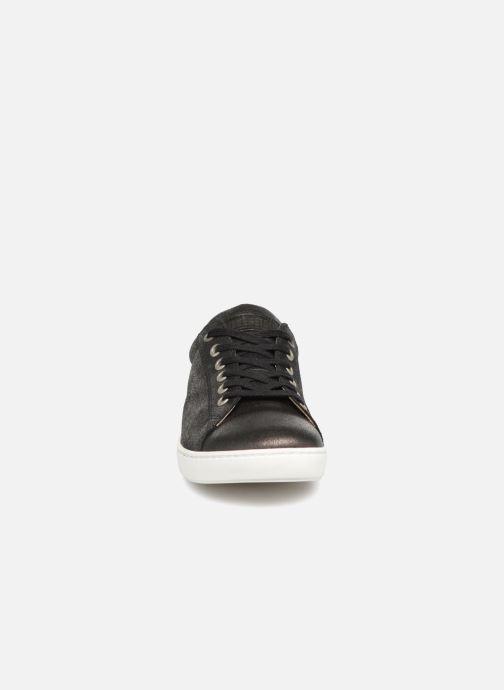 Sneakers Birkenstock Arran Nero modello indossato