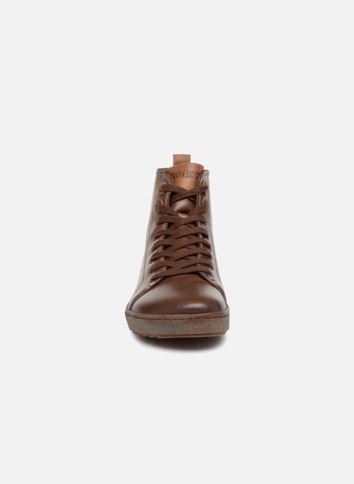 Sneakers Birkenstock Bartlett Marrone modello indossato