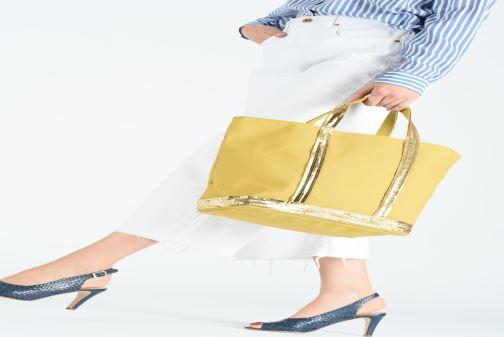 Handväskor Vanessa Bruno Cabas M Gul bild från ovan