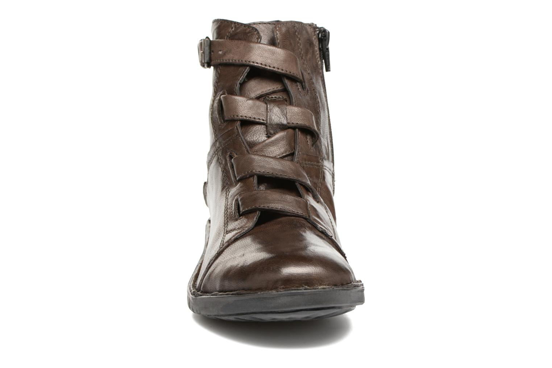 Stiefeletten & Boots Khrio Tali grau schuhe getragen