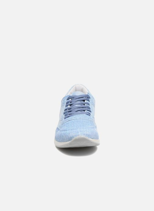 Deportivas Ippon Vintage Run Venus Azul vista del modelo