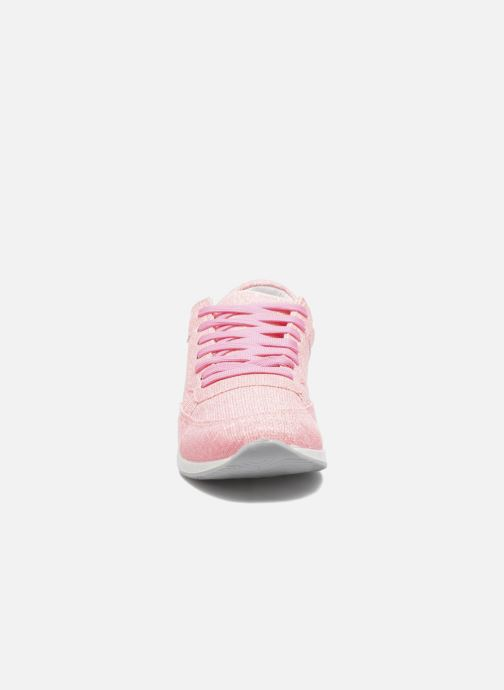 Sneakers Ippon Vintage Run Venus Rosa modello indossato