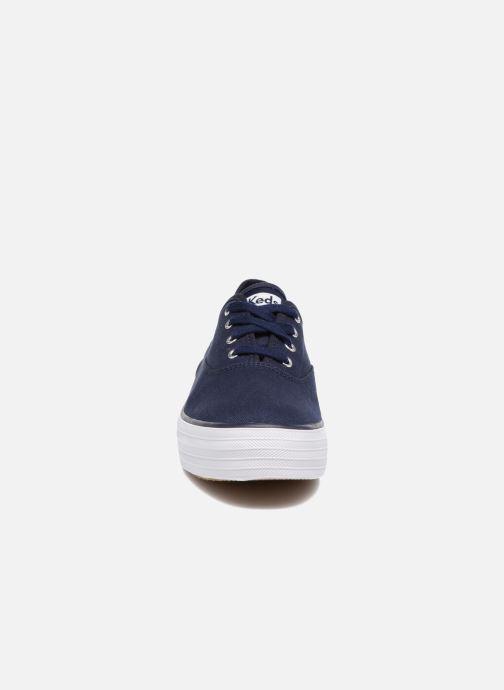 Baskets Keds Triple Peacoat Bleu vue portées chaussures